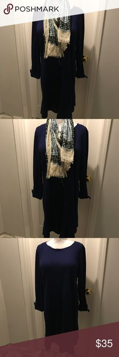 LOFT Long Sleeve Flare Dress This long sleeve dress from loft is perfect for the fall. The flare on the bottom gives this dress enough sass. Size: 18 LOFT Dresses Long Sleeve