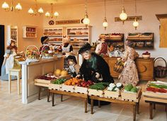 The vegetable department in the largest miniature department store in the world. Dolls House Shop, Mini Doll House, Doll Shop, Doll Houses, Miniature Houses, Miniature Dolls, Decorative Accessories, Home Accessories, Mini Store