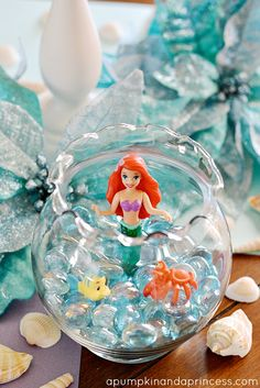 Really cute ideas for a Little Mermaid Party. Who wouldn't want a Little Mermaid Birthday Party! Little Mermaid Birthday, Little Mermaid Parties, The Little Mermaid, Disney Princess Party, 4th Birthday Parties, 5th Birthday, Birthday Ideas, Party Ideas, Little Mermaid Centerpieces