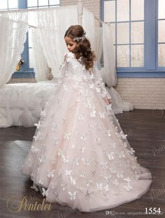 Ivory and Blush Pink Tulle Flower Girls First Communion Dresses with Butterfly - Ideas of Pageant Dress Girls First Communion Dresses, Girls Pageant Dresses, Ivory Flower Girl Dresses, Little Girl Dresses, Lace Flower Girls, Wedding Dresses For Kids, Trendy Dresses, Baby Dress, Vintage Dresses