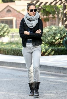 Jessica Alba Flat Boots  Jessica Alba is casual chic in flat lace up boots. The grungy footwear paired perfectly with Jessica's don't mess with me stance.  Jessica Alba Knit Scarf  Jessica dons a beautifully textured gray circle scarf while out with her family.