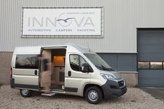 Innova Automotive Campers en Yachting – Fiat Ducato L2H2 (2015) Buscamper – maatwerk interieur
