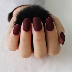 new full cover matte false nails short round head Soft Pure color oval Frosted Fake nails Artificial Nails Art Tips Red Matte Nails, Nude Nails, Coffin Nails, Dark Red Nails, Matte Nail Colors, White Nails, Matte Acrylic Nails, Black And Purple Nails, Nail Colors For Fall