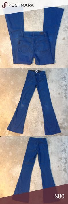 🌟MAKE AN OFFER🌟Paige blue jeans 👖 Gently worn , blue color denim  , size 23 inseam is 32 inches Paige Jeans Jeans