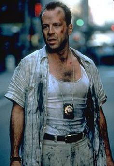 """Bruce Willis as McClane in wall street, """"Die Hard: With a Vengeance"""" (1995)"""