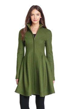 e2c7e67ea77 18 Best Winter Style images   Girls coats, Winter fashion styles ...