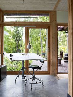 DELIN ARKITEKTKONTOR Compact Living, Scandinavian Home, Prefab, Small Apartments, Drafting Desk, Tiny House, Villa, Dining Table, Construction