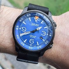 "188 mentions J'aime, 3 commentaires - aBlogtoWatch (@ablogtowatch) sur Instagram : ""Latest review covers the fatures of the Gavox Avidiver. A Belgian micro-brand producing aviation-…"""