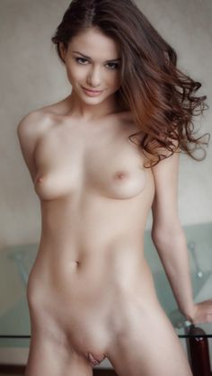 Queen of the night الملكة = if you looking for nude sexy girls