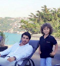 Turkish Men, Turkish Actors, Man Bun, Baby Skin, Best Actor, Fashion Pictures, Couple Goals, Canning, Couples