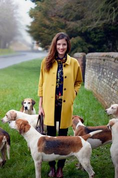 Love this yellow coat from Joules! Country Wear, Country Fashion, Country Outfits, Country Girls, Preppy Style, My Style, English Country Style, Yellow Coat, Autumn Winter Fashion