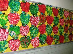 Apple Collages, gr. K Preschool Classroom, Kindergarten, Apple School, Apple Unit, Rosh Hashanah, Sunday School Crafts, Art Plastique, Craft Stick Crafts, Kids And Parenting