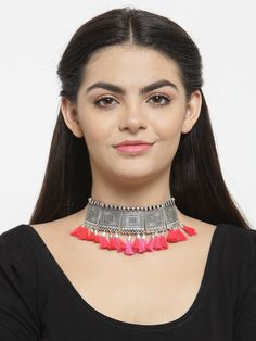 This Charming Neckpiece Is Neat And Simple For Those Who Wish For Fashion Jewelry Collection. Match This Jewelry With Any Of Your Outfit And Flaunt Your Style. Fashion Jewelry Stores, Boho Gypsy, Fashion Necklace, Jewelry Collection, Jewelery, Chokers, Jaipur, Perfume, Silver