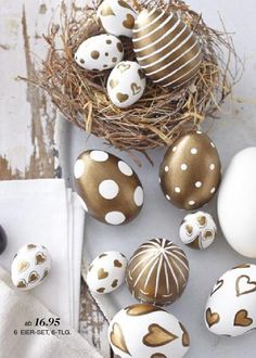 каталог Impressionen весна-лето 2015 by CatalogCenter - issuu Egg Crafts, Easter Crafts, Happy Easter, Easter Gift, Easter Party, Easter Bunny, Easter Eggs, Ester Decoration, Fiestas Party