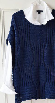 Just One Of Those Tops Knitting pattern by maddycraft - Tricô feminino Knit Vest Pattern, Top Pattern, Pull Crochet, Knit Crochet, Ravelry Crochet, Crochet Summer, Motif Bikini Crochet, Easy Knitting Patterns, Knitting Basics