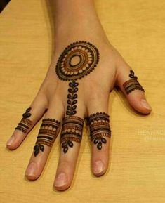 Henna Tattoos Designs images are present on this article.Tattoos designs looks beautiful and elegant. Finger Henna Designs, Henna Art Designs, Mehndi Designs For Girls, Mehndi Designs For Beginners, Modern Mehndi Designs, Mehndi Design Pictures, Mehndi Designs For Fingers, Beautiful Mehndi Design, Latest Mehndi Designs
