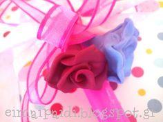Λουλούδια φτιαγμένα από πολυμερικό πηλό