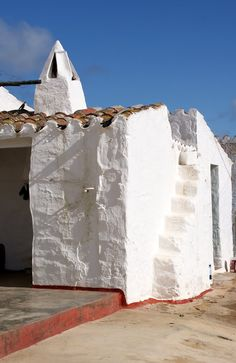 Construcció tradicional  Es Mercadal, Illes Balears, Spain #menorca #menorcamediterranea