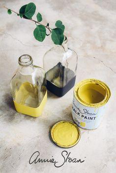 English Yellow & Graphite painted vases using Chalk Paint®