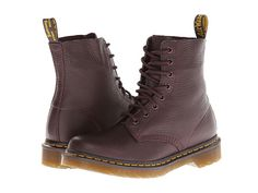 Dr. Martens Pascal 8-Eye Boot W in oxblood elk leather