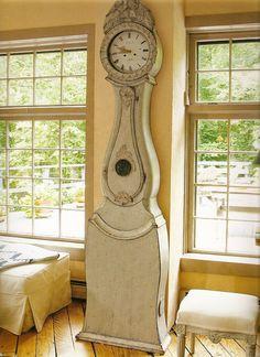 http://theswedishfurniture.com/wp-content/uploads/2011/02/By-Rhonda-Eleish-Edie-Van-Breems.jpg