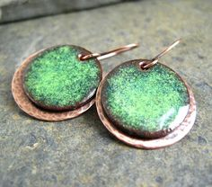 I've admired enamelled jewellery for a while now and not too long ago did a blog post about Etsy seller tekaandzoe and her wonderful kiln...