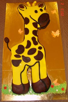 Giraffe birthday cake for birthday Special Birthday Cakes, Boy Birthday Parties, Birthday Fun, Birthday Ideas, Giraffe Birthday Cakes, Giraffe Cupcakes, Giraffe Crafts, Cake Kids, Cooking With Kids