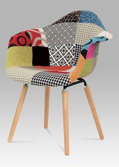 CT-723 PW2 Moderní židle v žádaném provedení patchwork, nohy jsou z masivního dřeva v přírodním odstínu. Nosnost této židle je do 100 kg. Outdoor Chairs, Outdoor Furniture, Outdoor Decor, Home Decor, Detail, Scrappy Quilts, Card Stock, Homemade Home Decor, Garden Chairs