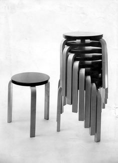 Aalto Stool, designed by Alvar Aalto for Artek, is one of the icons of Finnish furniture design. Chinese Architecture, Modern Architecture House, Futuristic Architecture, Modern Houses, Side Chairs, Dining Chairs, Zaha Hadid Architects, Selling Furniture, Alvar Aalto