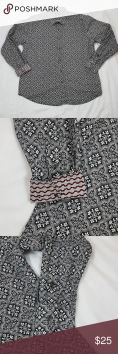 Kafe Collection Men's Slim Fit Print Casual Shirt Pre-owned in Good Condition Kafe Collection Men's Slim Fit Print Casual Dress Shirt XL Black and White Classic, straight cuff  Shoulder width: 18 in Chest: 22.5 in Waist: 22 in Length; 31 in Sleeve Length: 31 in  SELLERS NOTE: ITEM#10040 Kafe Collection Shirts Dress Shirts