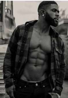 lose fat and preserve lean muscle mass Fine Black Men, Hot Black Guys, Handsome Black Men, My Black Is Beautiful, Black Boys, Fine Men, Gorgeous Men, Hot Guys, Black Men Beards