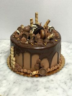ideas for birthday cake chocolate decoration dads – Birthday 2020 Chocolate Birthday Cake Decoration, Birthday Cake Decorating, Chocolate Drip Cake Birthday, Nutella Birthday Cake, Homemade Chocolate, Chocolate Cake, Food Cakes, Cupcake Cakes, Dad Birthday Cakes