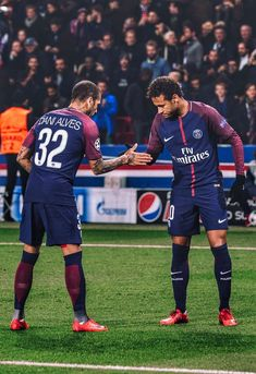 Dani Alves y Neymar Jr (PSG vs. Celtic 2017)
