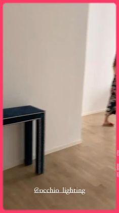 In der Galerie Melbye-Konan stehen einige Möbel unserer aktuellen Kollektion SHANG HAI HAI PAI. Beispielsweise das Sofa Cozy Jewel mit edlem Samtbezug. #UrbanCollcetions by #UlrikeKrages Pop Up, Hai, Uk 5, Collections, Sofa, Urban, Design, Furniture, Shopping