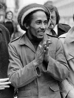 Bob Marley. S)