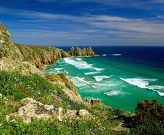 inspiring places uk | Cornwall, England. Who wouldn't want to visit or live here?
