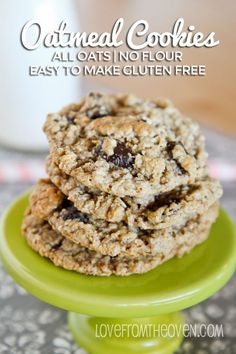 Easy and delicious flour free chewy oatmeal chocolate chips cookies.