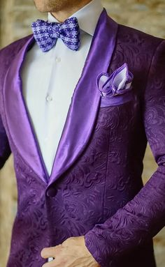 The details of this S by Sebastian midnight plum dinner jacket are unreal! Get yours today! Be Bold.