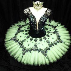 Mundo Bailarinístico - Blog de ballet: Entrevista Exclusiva - Diego Costa - Dú Ballet