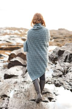 Two Lights Blanket by Carrie Bostick Hoge, in Quince & Co. Osprey.