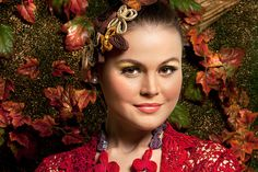Fashion spread: Falling for an autumn beauty