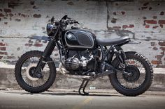 RocketGarage Cafe Racer: R90 ENDURO