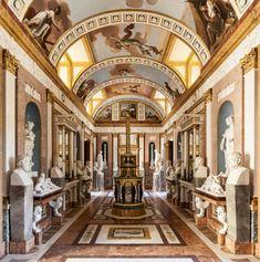 Galeria de estátuas Real Casa del LabradorAranjuez Madrid...