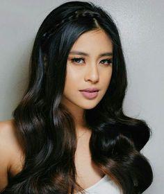 Obtain brand new hair care tips and hints. Gabbi Garcia, Filipina Beauty, Hot Hair Styles, Asian Hair, Hair Care Tips, Hair Looks, New Hair, Hair Pins, Girl Hairstyles