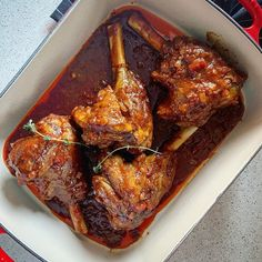 Lamb Shanks, South African Recipes, Love Food, Dinner Recipes, Pork, Meat, Cooking, Brown, Globe