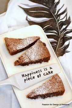Happiness is a piece of cake / Mud cake / Mutakakku