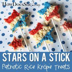 Patriotic Rice Krispie Treats - Stars On A Stick! How fun is this?! #4thofJuly #treats #stars