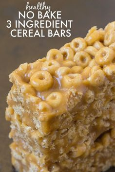 Healthy No Bake 3 Ingredient Cereal Bars- Ready in just FIVE minutes, these no b. - Healthy No Bake 3 Ingredient Cereal Bars- Ready in just FIVE minutes, these no bake snack bars have - Gluten Free Desserts, Dairy Free Recipes, Gourmet Recipes, Snack Recipes, Dessert Recipes, Cooking Recipes, Cheerios Recipes, Healthy Gluten Free Snacks, Dairy Free Appetizers