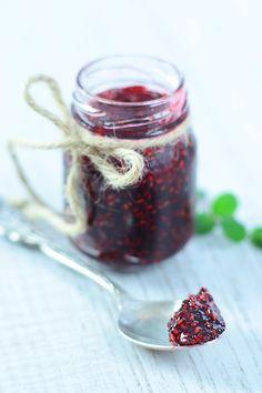 Dżem malinowy - #przepis na dżem z malin krok po kroku  http://pozytywnakuchnia.pl/dzem-malinowy/  #kuchnia #dzem #maliny #przetwory