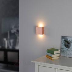 http://www.luminaire.fr/Applique-LED-Mira-a-la-finition-cuivre-antique.html
